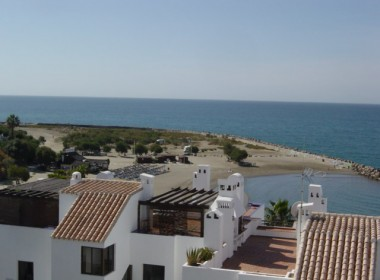 10279_1_View-to-the-beach-from-roof-terrace